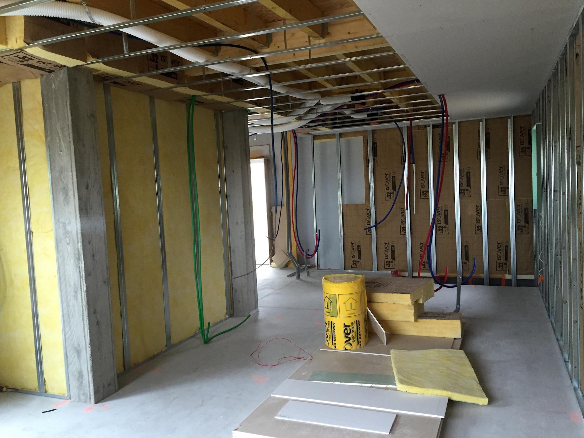 isolation et am nagement int rieur d 39 une maison passive a pommeret. Black Bedroom Furniture Sets. Home Design Ideas